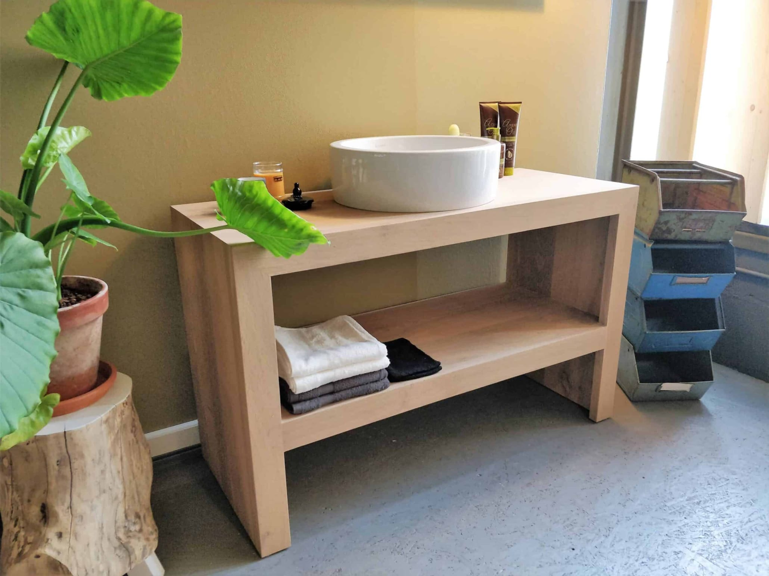 Badkamermeubel Europees eikenhout