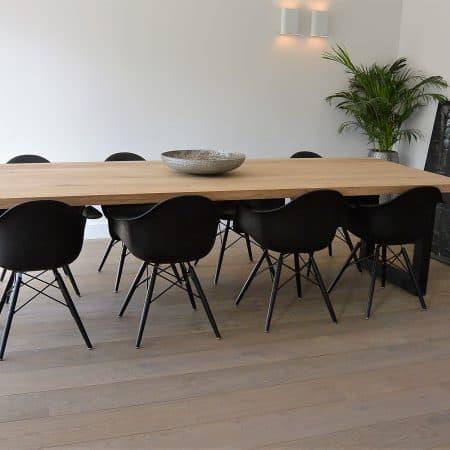 Stoere tafel op maat gemaakt