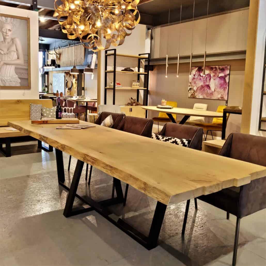 Massief eiken houten eettafel