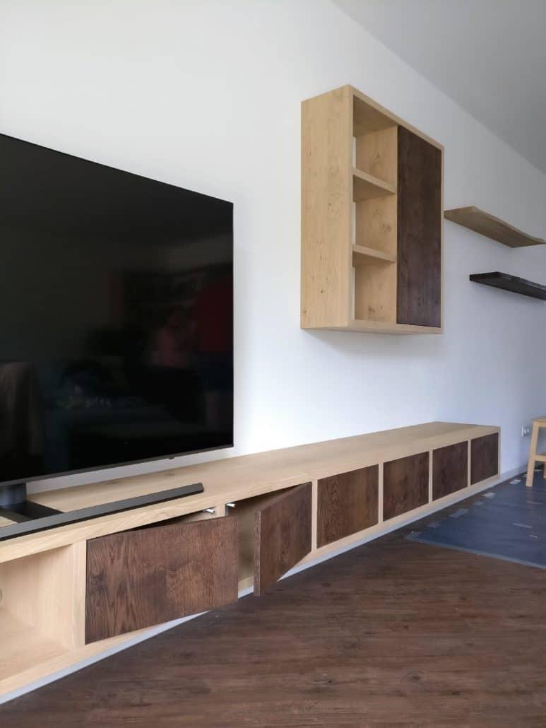 Zwevend eiken tv meubel op maat