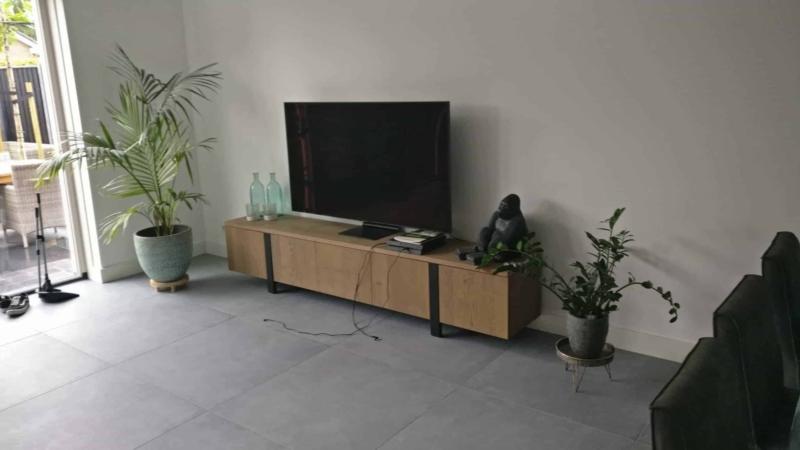 Tv meubel Push to Open