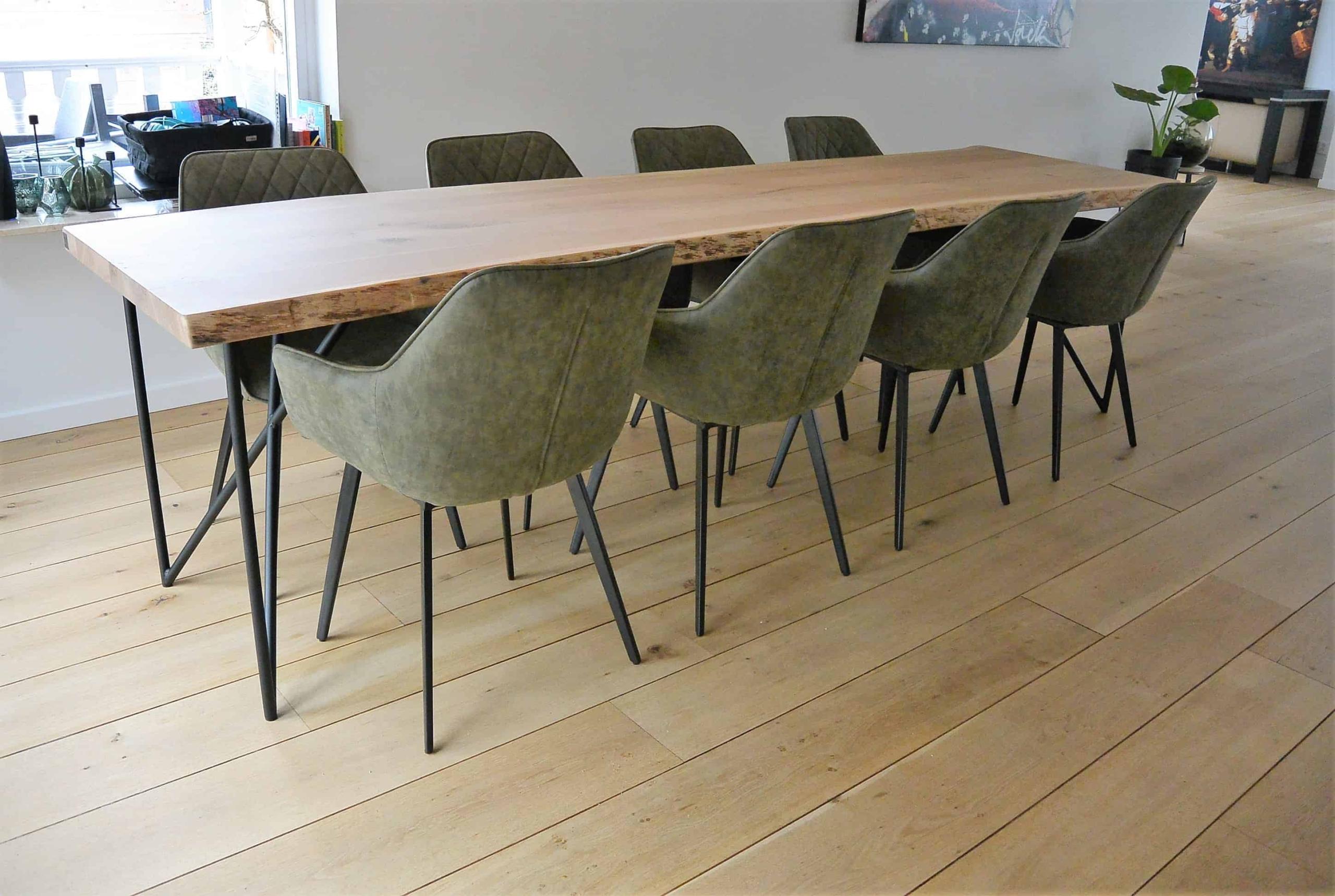 Lange tafel op maat paperclip poot
